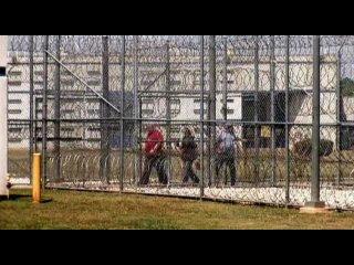 Одноэтажная Америка тема про зону для пожизненно приговоренных